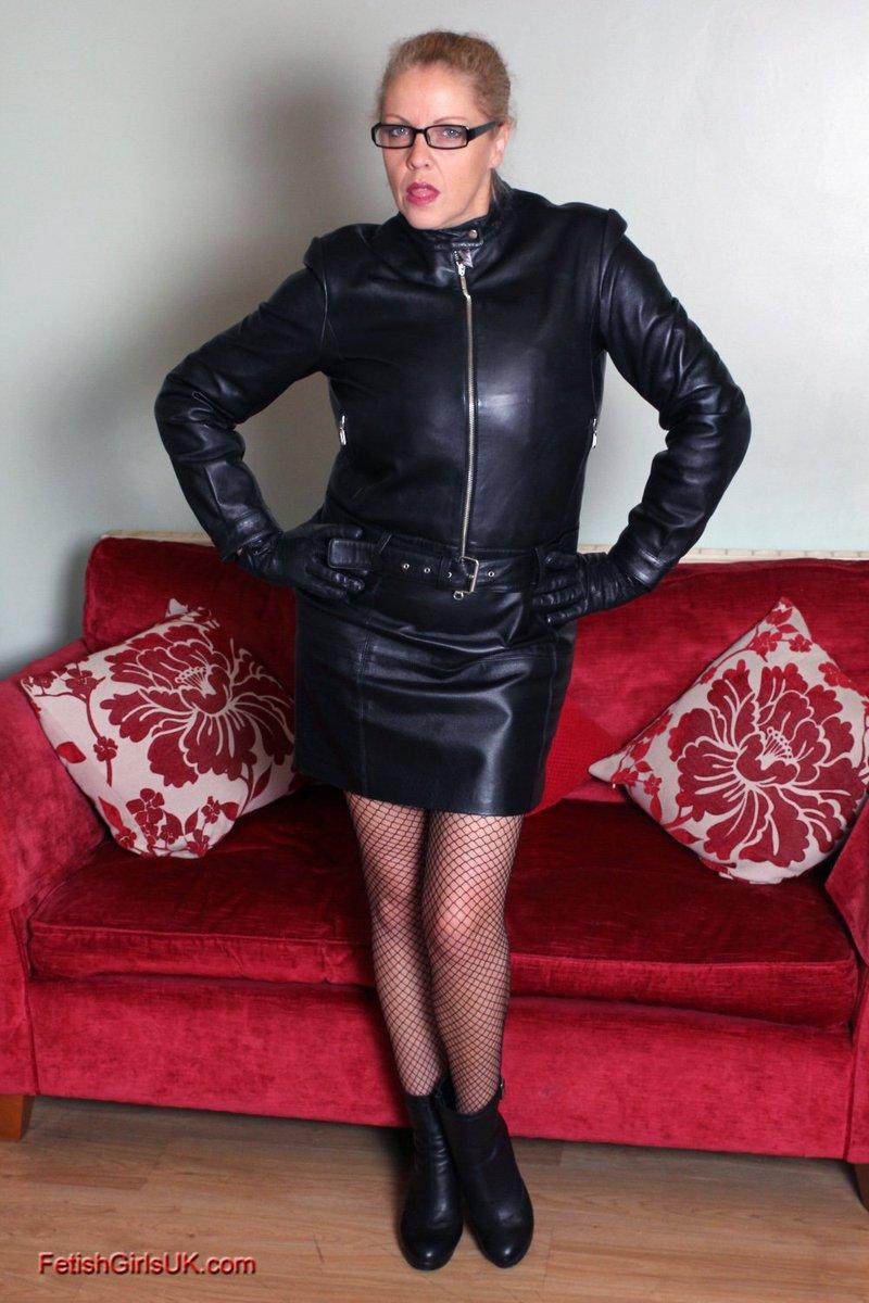 Kinky leather milf
