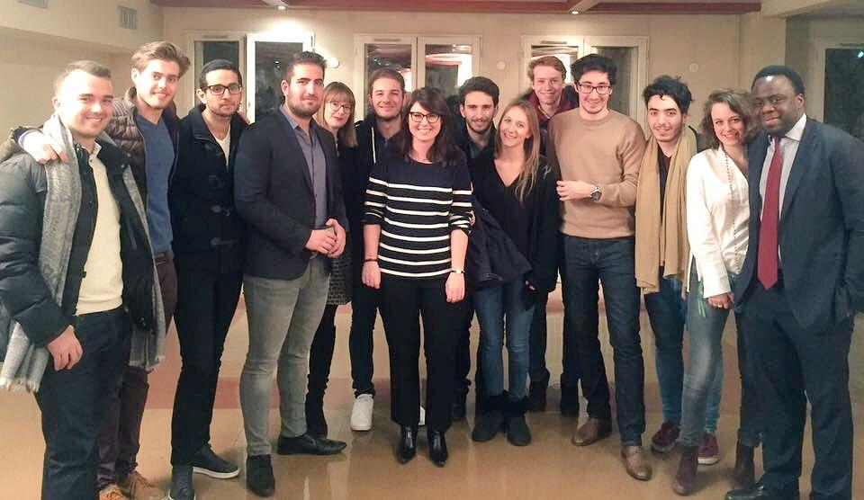 Cérémonie des vœux des jeunes #Républicains du val de Marne en présence de @marinebrenier , @stephanetiki et du sénateur Christian Cambon.<br>http://pic.twitter.com/n0AUBCxGiF