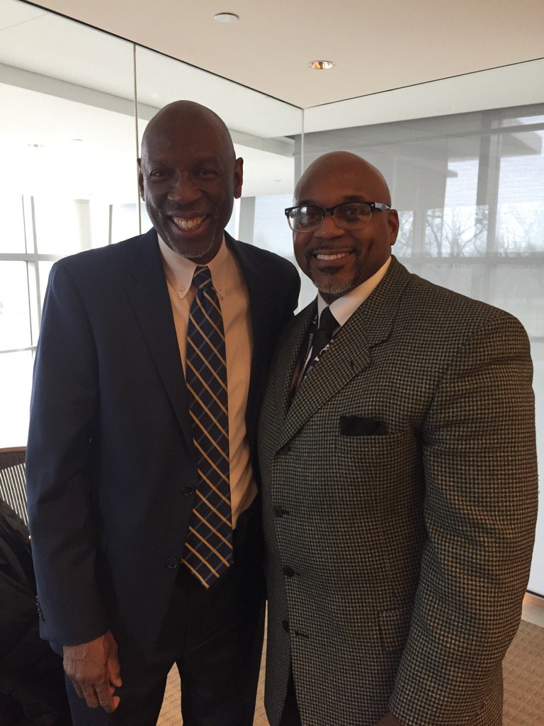 .@ACTEquity Geoffrey Canada did an amazing job as our guest lecturer at ACT for #MLKDAY17 https://t.co/ScOC59KLpw