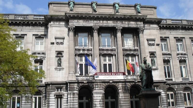 L&#39;@UniversiteLiege est la 1ère université belge à désinvestir des énergies fossiles  https://www. facebook.com/fossilfreeulg/  &nbsp;   #financeresponsable #Divest <br>http://pic.twitter.com/IvbkHIzom5