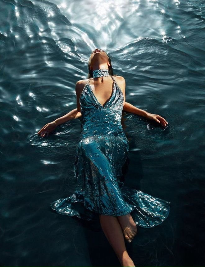 @metinozgul @kikbella @shellieblum @BeyzaCa26 @musfaca @altanulas MerciTurquoises  #SeaOfLoVe#TurKey   #Turquoise HearT In #Red PaTh. <br>http://pic.twitter.com/YldK5pSken