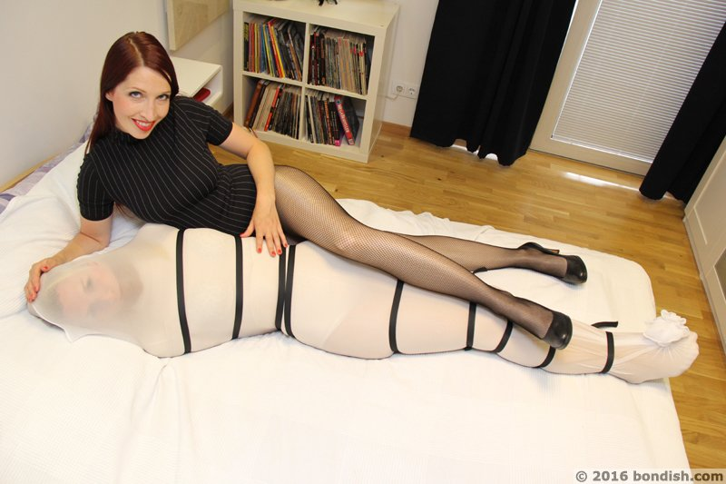 "Lycraft on Twitter: ""#pantyhose #encasement and # ..."