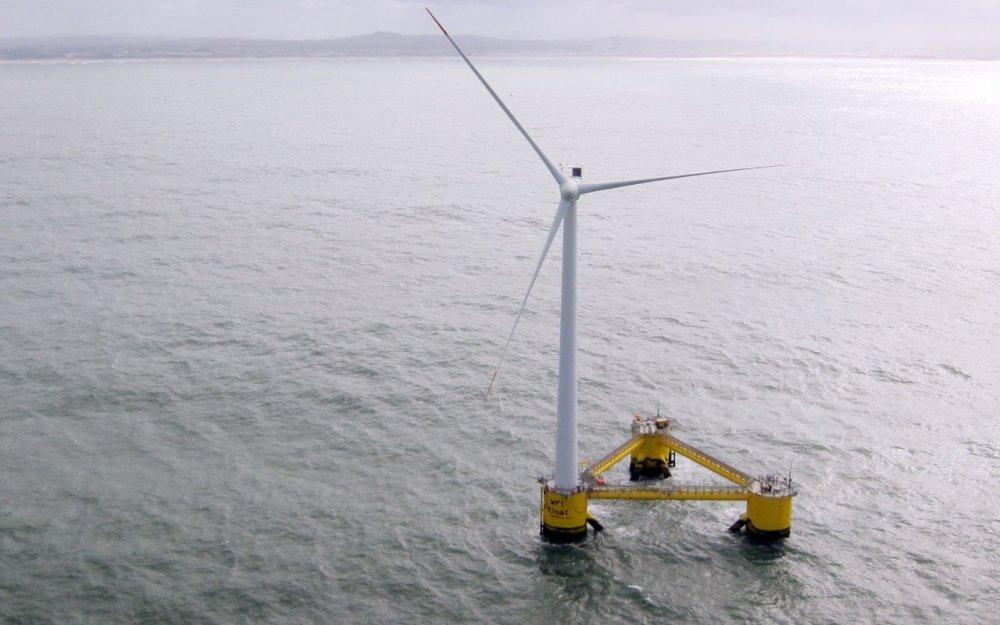 #TweetoKfé [03] #Smartcity #energy Saint-Nazaire: La construction de l'éolienne flottante Floatgen progresse  http://www. meretmarine.com/fr/content/sai nt-nazaire-la-construction-de-leolienne-flottante-floatgen-progresse &nbsp; … <br>http://pic.twitter.com/jyC0EsvyXX