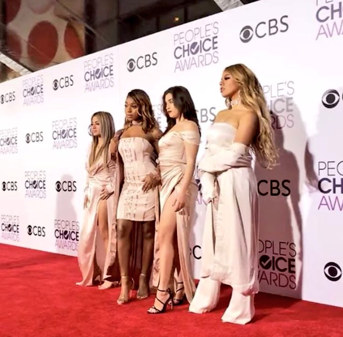 Time to impress! @FifthHarmony #PCAs #PCAs2017 #PeoplesChoiceAwards https://t.co/d1JMXqphYy