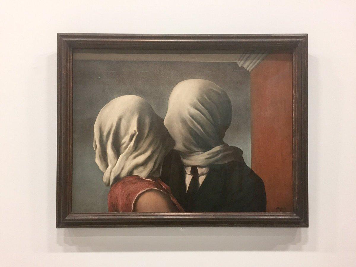 #Paris : Expo #Magritte au centre Georges Pompidou  L&#39;#Art nous sauvera toujours !<br>http://pic.twitter.com/qTBxKsZvDH