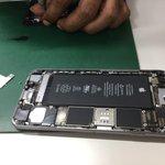 怪しい店にiPhone修理に出したらジョブズに繋げるようになってやばみ感じる