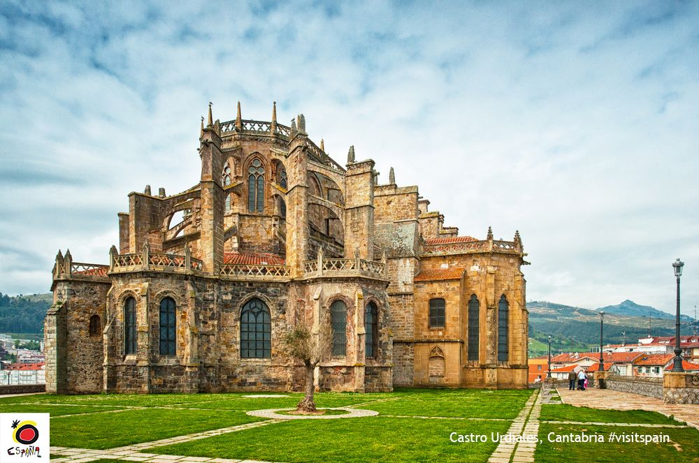 This church is one of the most iconic sights in #CastroUrdiales. Awesome! #VisitSpain #Cantabria @cant_infinita<br>http://pic.twitter.com/laR2NAFZQY