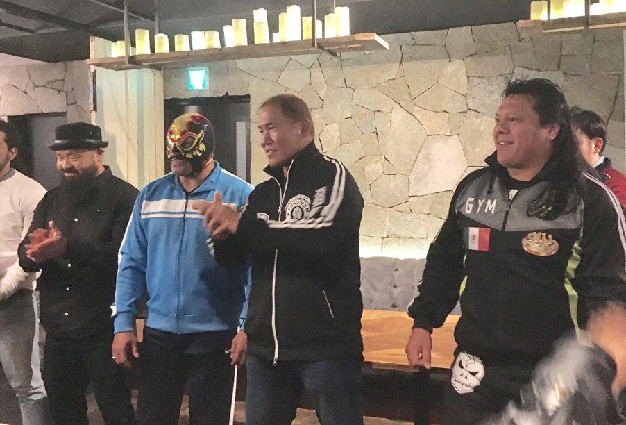 """""""Mi misión es ser el puente entre dos de las empresas de lucha libre más importantes del mundo"""": Okumura 3"""