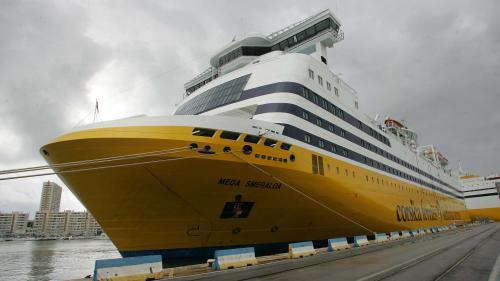 (France Info):Bloqués au large de Bastia, le très long voyage des passagers du &quot;#Mega..  http://www. titrespresse.com/article/119543 81612/mega-smeralda-bloques-bastia-voyage-passagers &nbsp; … <br>http://pic.twitter.com/jH0zksmRMh