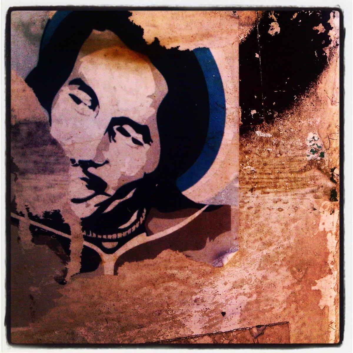 ONE LOVE #bobmarley  #BonneAnnee #meilleursvoeux #onelove #happynewyear #bestwishes #vieuxport #marseille #StreetArt  https://www. instagram.com/p/BPakDQ7hQgh/ ?taken-by=cadrageb &nbsp; … <br>http://pic.twitter.com/rQC2Vs2uHE