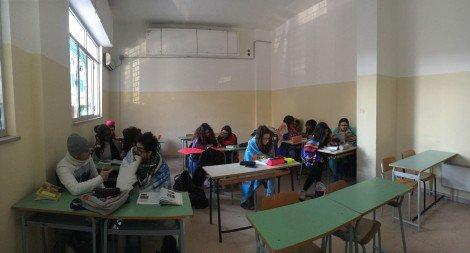 """Studenti al gelo a Palermo, la protesta: """"Posticipare l'orario di inizio delle lezioni"""" ... - https://t.co/ZyVMIvcKgI #blogsicilianotizie"""