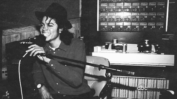 #MichaelJackson  during the Bad album sessions.