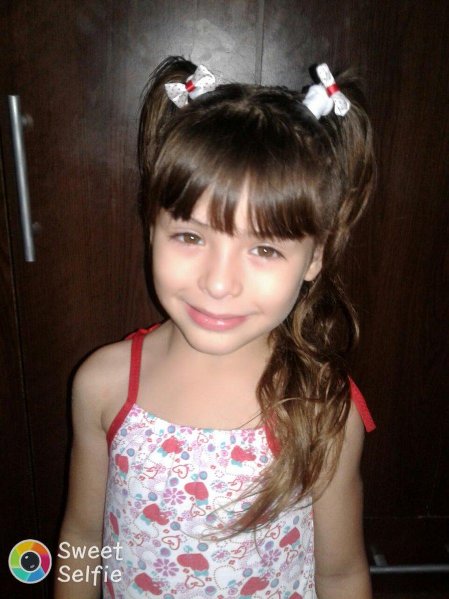 Esta niña de 5 años fue robada a su madre hace un rato en Retiro si podés ayudá a encontrarla.se llama Xiosmara https://t.co/fMu64I2186