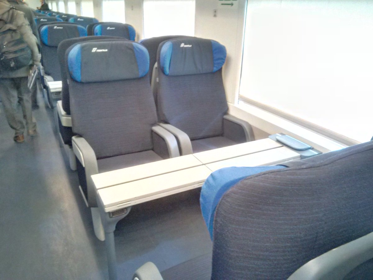 Gazzetta trasporti on twitter interni carrozze - Trenitalia vagone letto ...