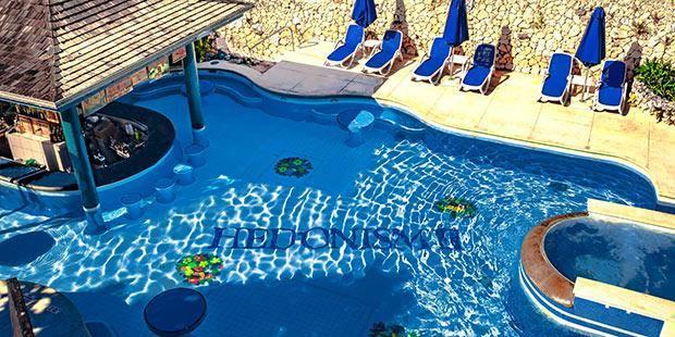 Swingers hotel Hedonism II, Jamajka