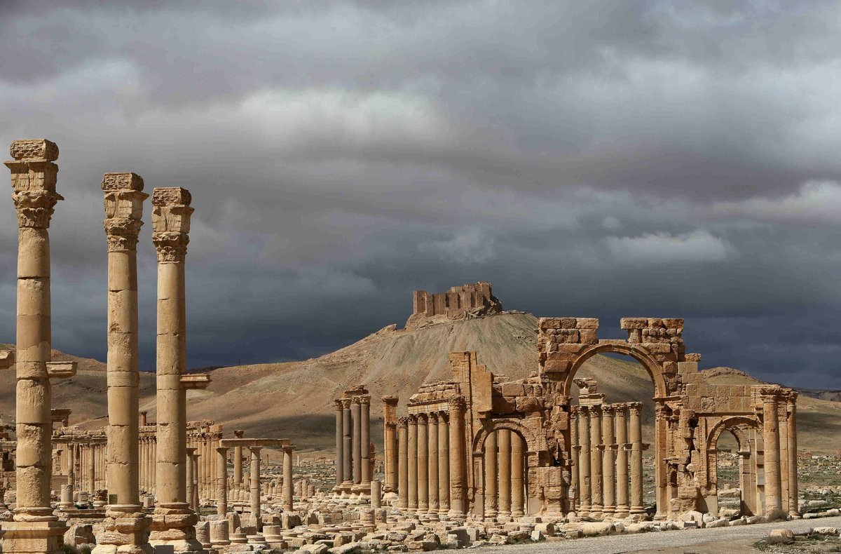 ISIS executes 12 people, including teachers, in the ancient Syrian cit...