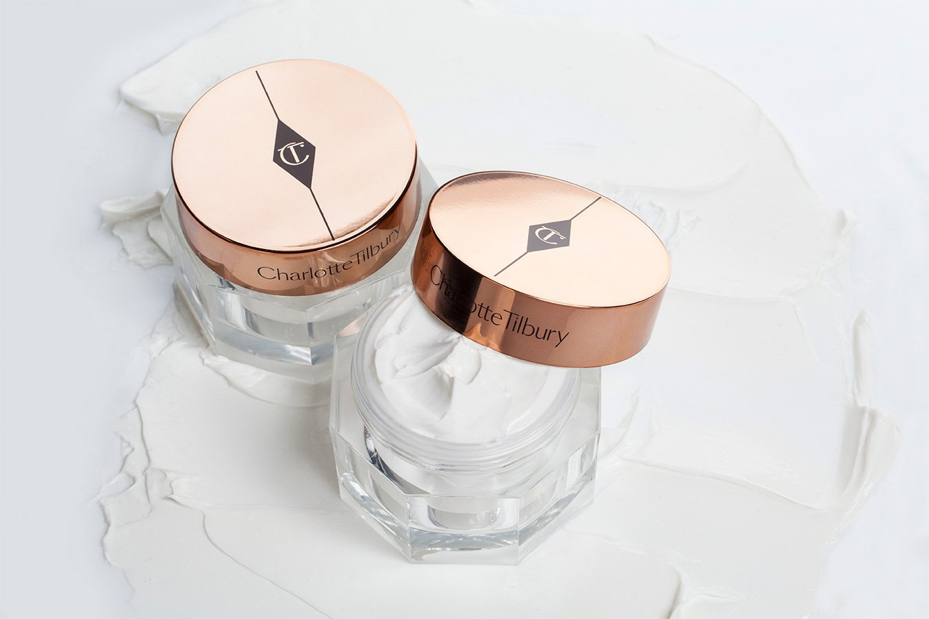 LIFT & ILLUMINATE your complexion with the award-winning #MagicCream #SkinCare https://t.co/p94LL4v7mv https://t.co/O6Gl3Hnk9Y