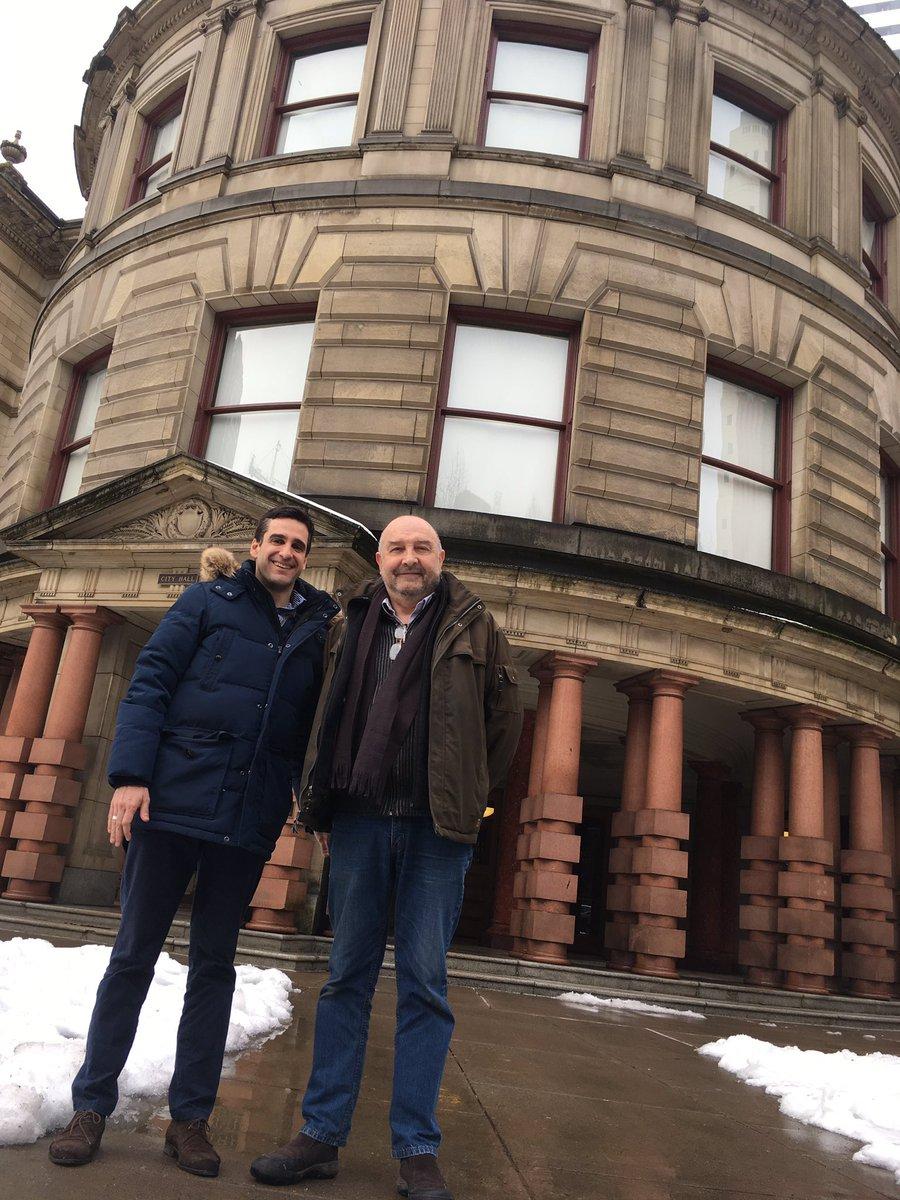 Échanges avec Marc Michelle à #Portland, entrepreneur qui importe des produits du terroir français aux #EtatsUnis #ExtCirco01<br>http://pic.twitter.com/MlVhZrRX1z