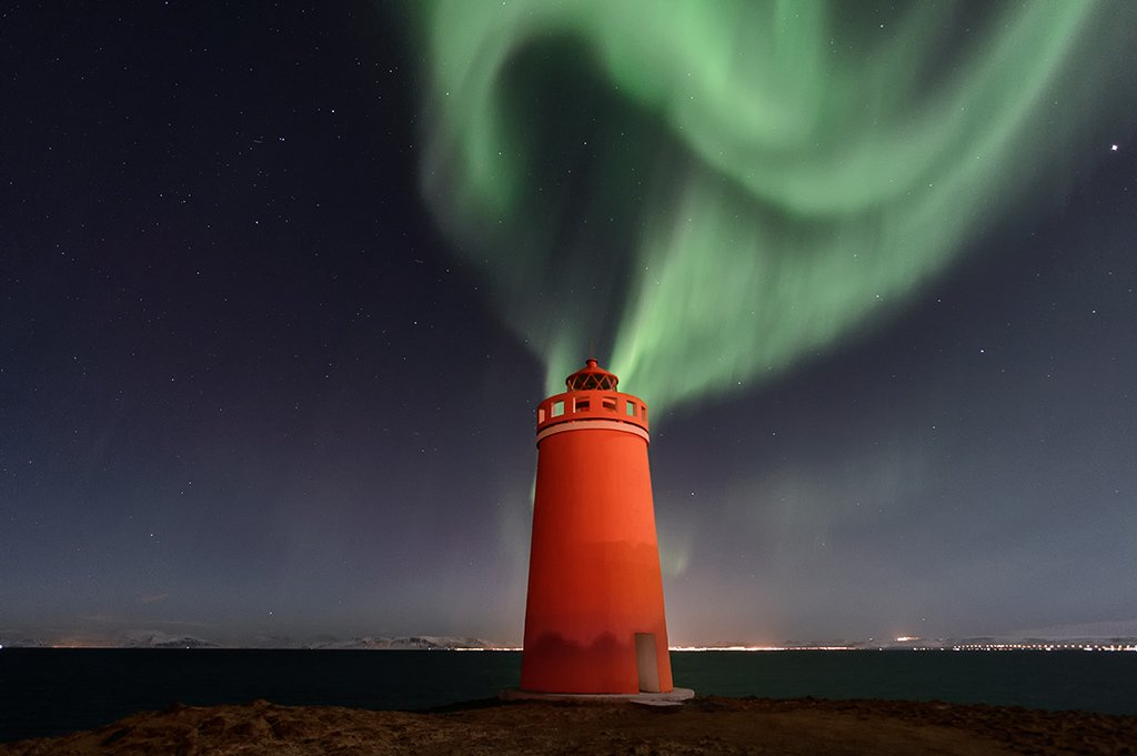 In one month, we&#39;ll be in #iceland . I can&#39;t wait to be there. Dans un mois nous serons en Islande. #northernlights #aurora #Auroraborealis <br>http://pic.twitter.com/EjBYQdMeOA