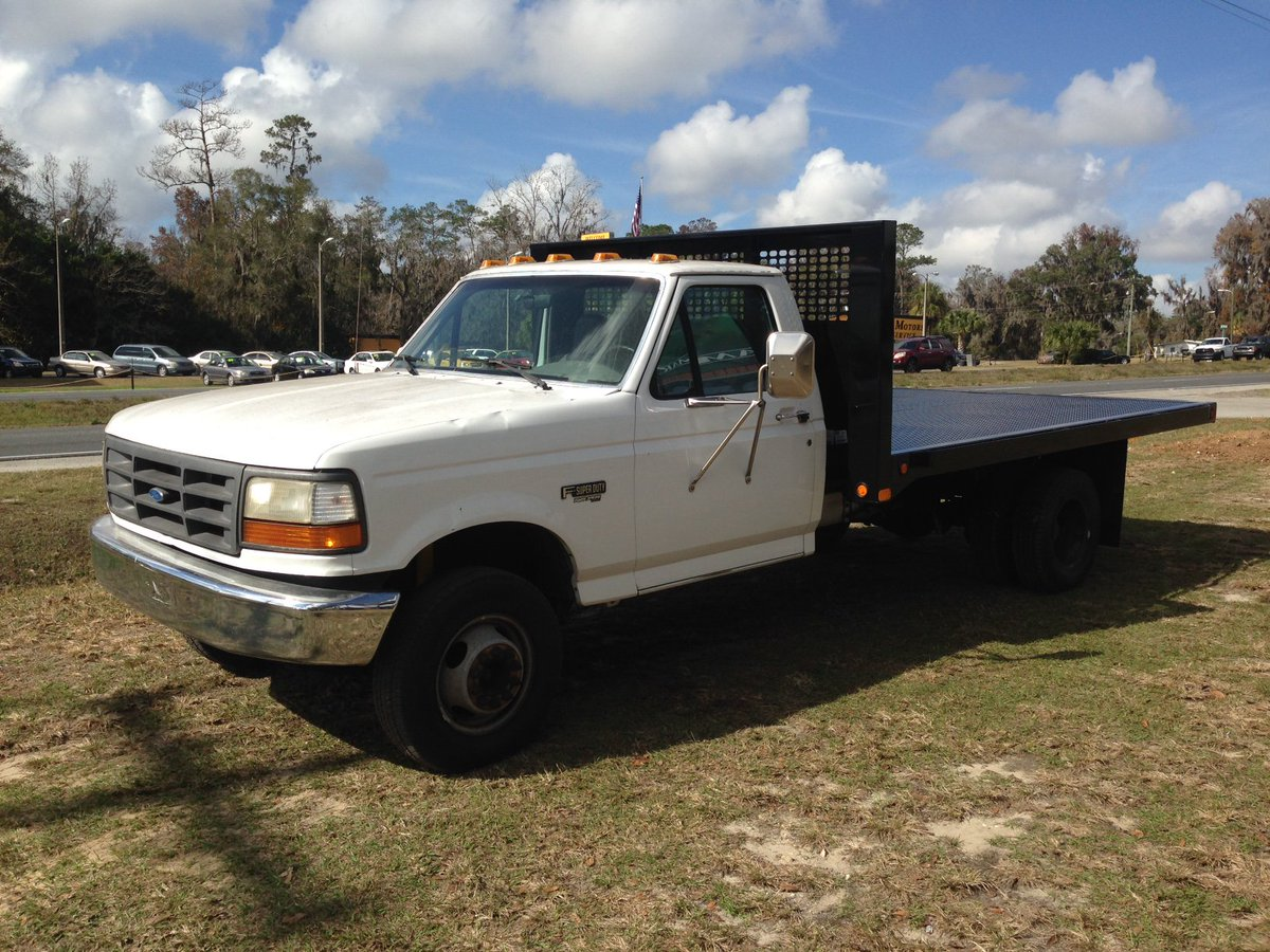 Triple crown trailer on twitter check out this pl model cm truck bed on a ford 350 https t co tsgzbqmalj ocala cmtruckbeds https t co wwj9zigpo6