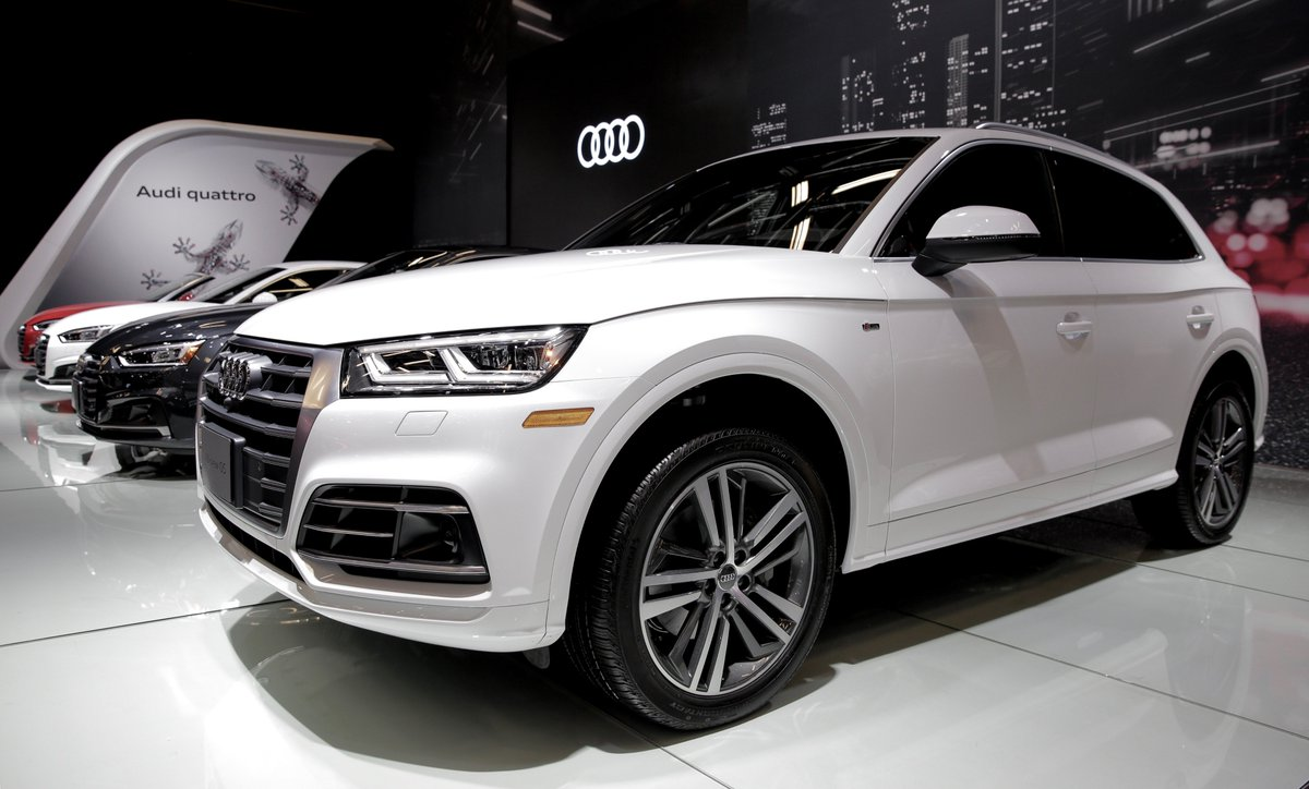 Audi Canada On Twitter We Unveiled Two Vehicles At Salonautomtl - All white audi