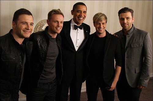 Here's us lads chilling with the POTUS! He was a gentleman & so easy to talk to,best US president of my lifetime ❤️ https://t.co/40Tg4TGEoD