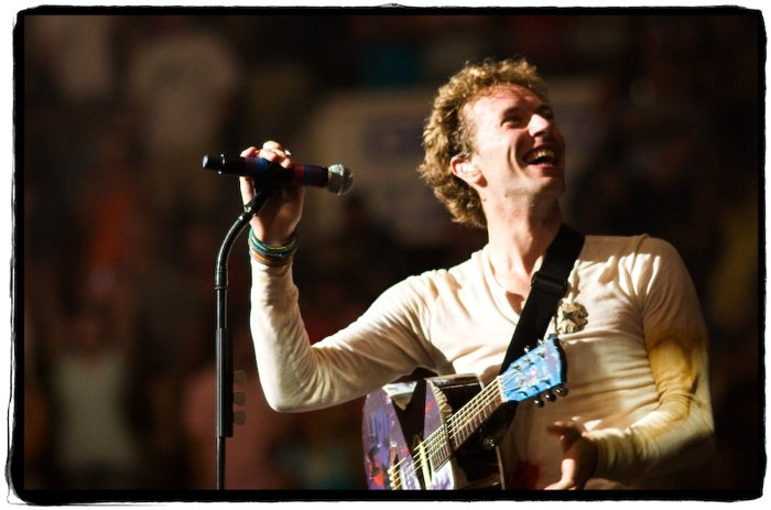 Chris on stage in Philadelphia, PA on 25 July 2008. 📷 by R42. A #TBT