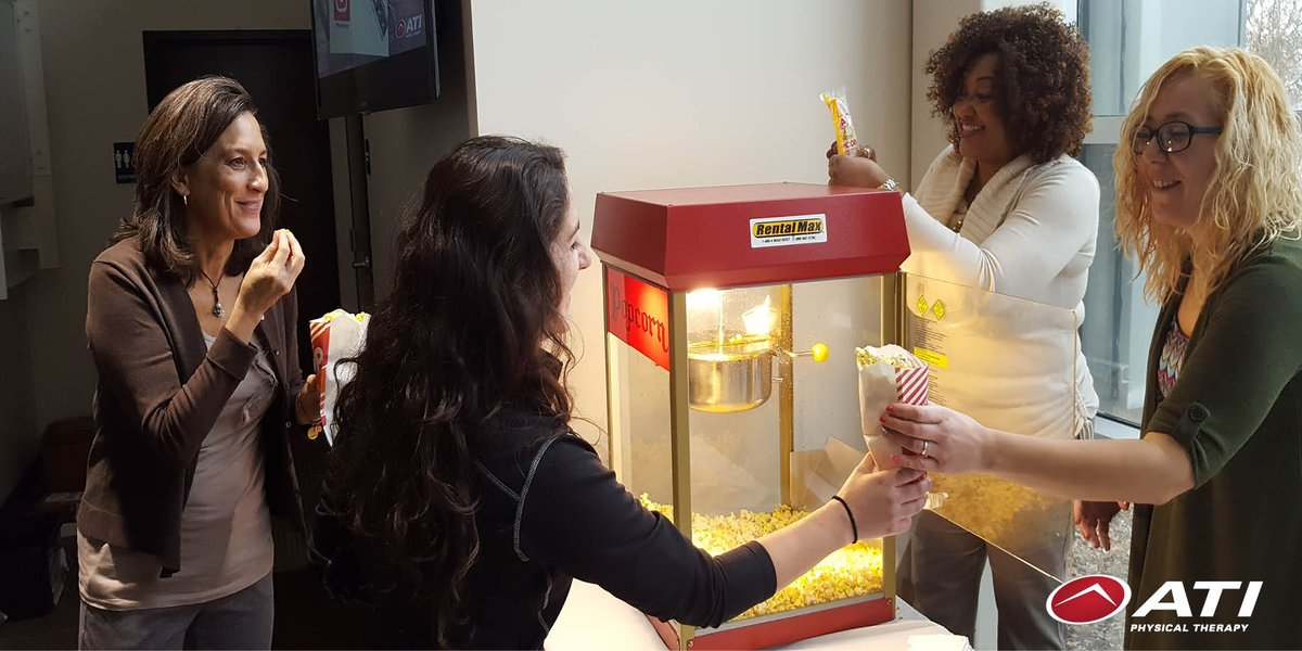 #ATIpt is celebrating #NationalPopcornDay by handing out freshly poppe...