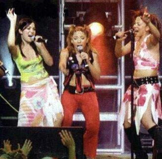 Este trío va a ser un re éxito @lowrdez @LISSA_VERA @valeriagastaldi BANDANA 3.0 #BandanaBombon
