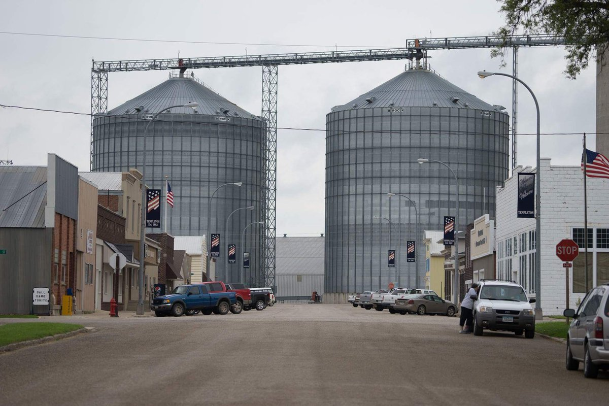 Welcome to Templeton, Iowa. Home of The Good Stuff. https://t.co/qec0yR04m9