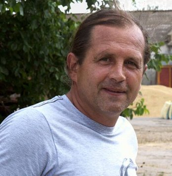 In #Russia Occupied #Crimea the court&#39;s task is to jail for a #Ukrainian Flag   http:// khpg.org/en/index.php?i d=1484867549 &nbsp; …   #Balukh #letmypeoplego #Ukraine<br>http://pic.twitter.com/cNP27TAXn1