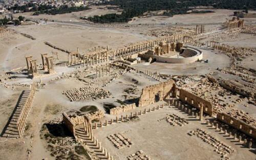 #ISIS destroyed the #Tetrapylon and part of the Roman Theater in #Palm...