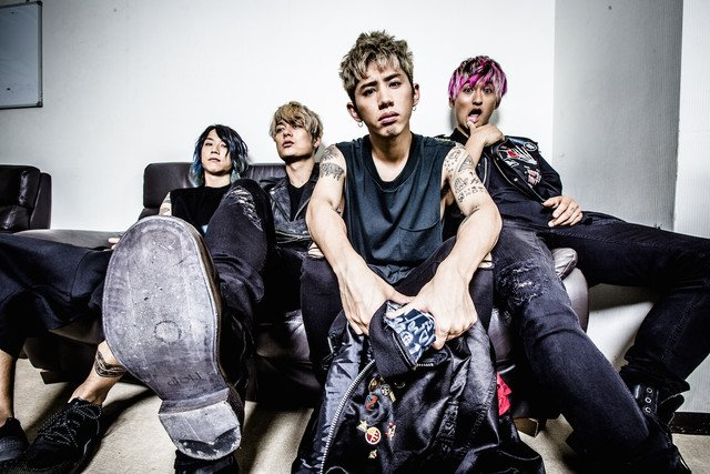 ONE OK ROCKツアー、ゲストにFall Out Boy