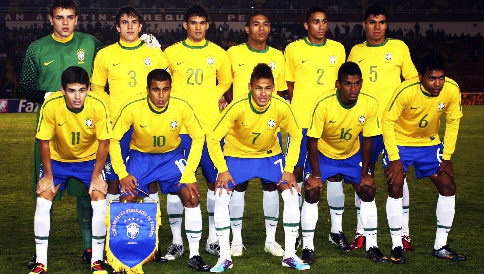Neymar, Lucas Moura, Oscar, Casemiro, Willian José, Danilo, Alex Sandr...