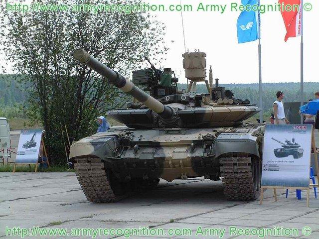 روسيا تطور نظام الحماية النشطة Arena-M للعمل علي كلا من T-72 و T-90 C2m_FmRWEAAA8to