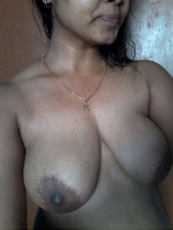 Nude Selfie 10337
