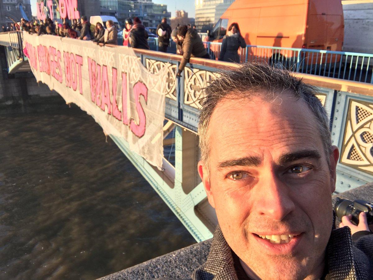 Dropping a #BridgesNotWalls banner off Tower Bridge. We are Citizens o...