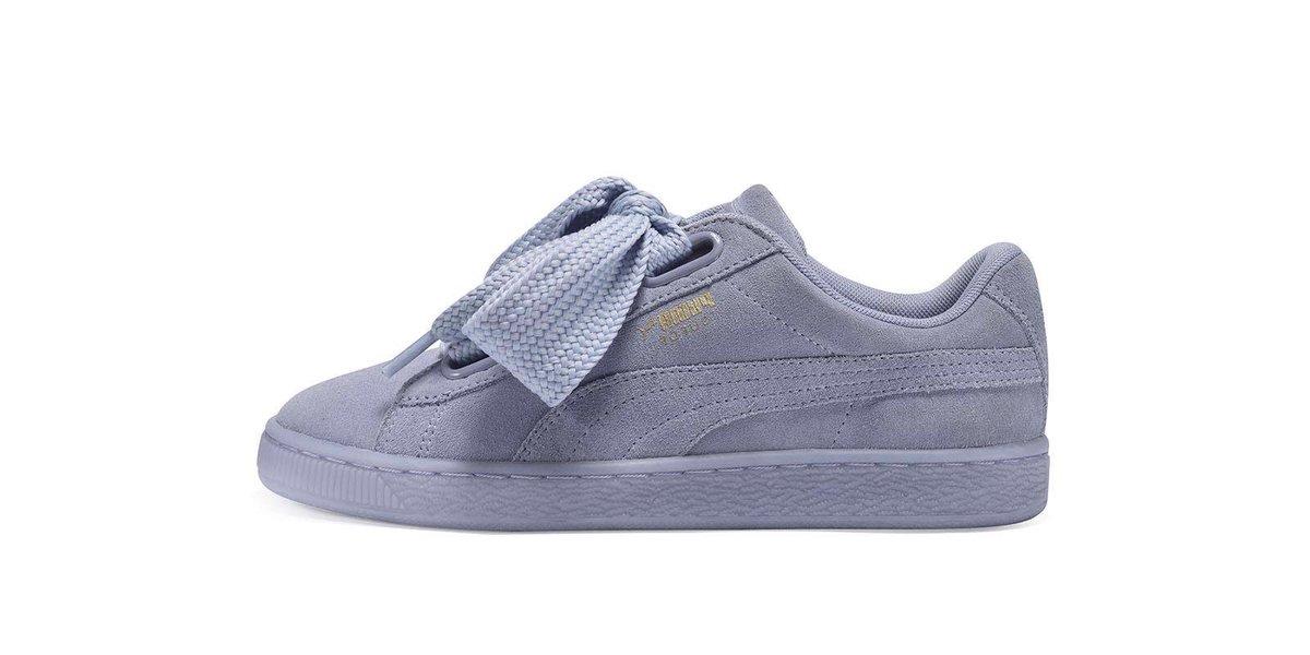 Voici le prochain modèle de Puma Heart à sortir chez @footlocker. Un modèle en suede bleu clair. #PumaHeart #sneakers <br>http://pic.twitter.com/34e029AgZk