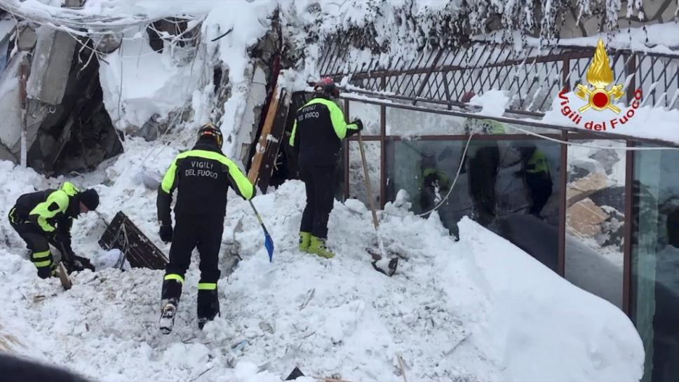 Thirty people still missing at Italian hotel buried by massive avalanche https://t.co/KdaKubqjH7 https://t.co/nVgOlBHHHD