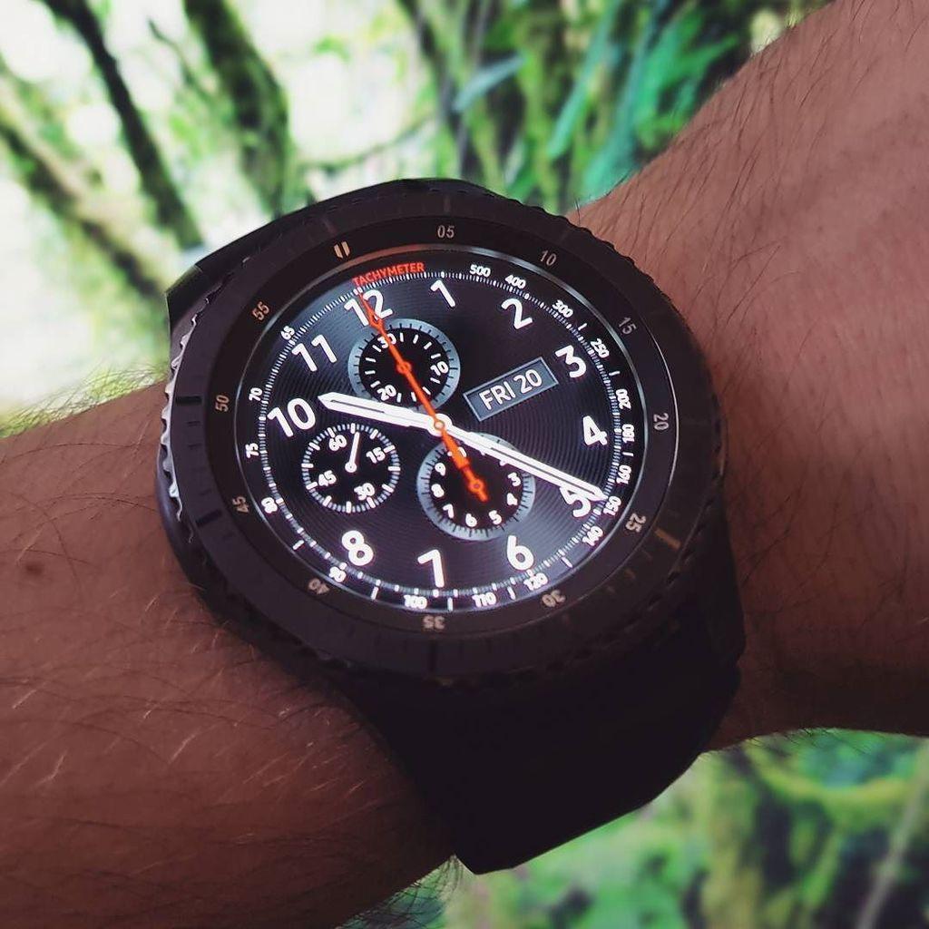 En test depuis hier, la Gear S3 Frontier de Samsung #samsung #gears3 #smartwatch #tech  http:// ift.tt/2iRHreR  &nbsp;  <br>http://pic.twitter.com/c9LjiBXI9b