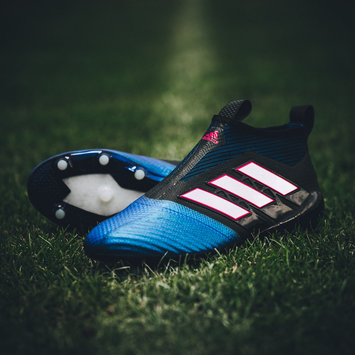 the latest 5d2ff 36d54 adidas Canada on Twitter: