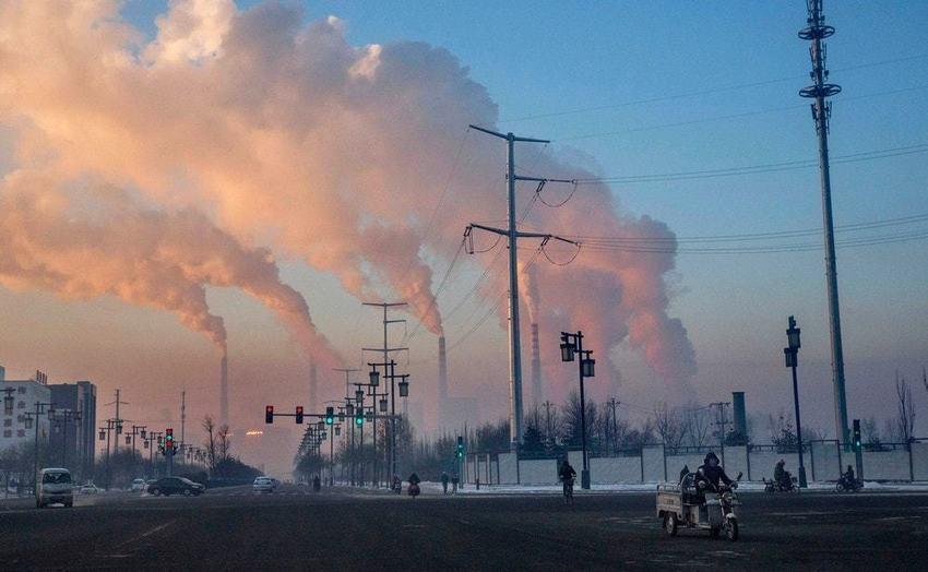 La #Chine vient d&#39;annuler la construction de 103 centrales à #charbon #Climat #Santé  http:// sco.lt/8e9Vkv  &nbsp;  <br>http://pic.twitter.com/WHQWM2Q32e