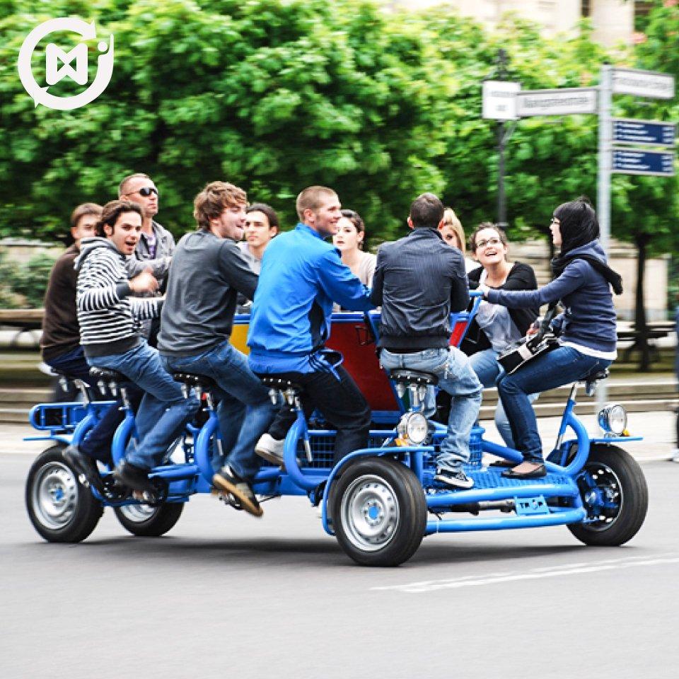 Viernes de compartir la bici con amigos #Felizviernes #mtq <br>http://pic.twitter.com/O29o8DaFoh