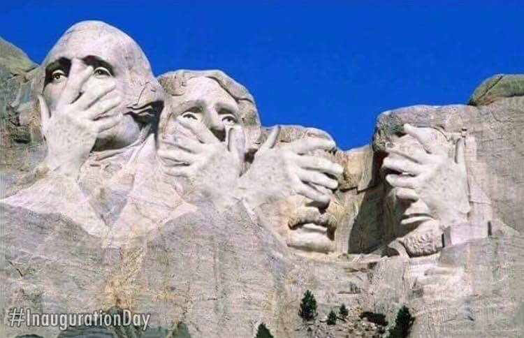 Primeras reacciones del #Inauguration (vía @AllanVader) https://t.co/3ExN3hQ8Ae