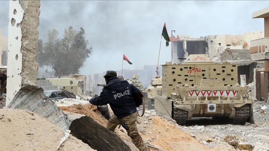 #Libye&quot;Six blessés dans un attentat à la voiture-piégée à #Benghazi.&quot; via @aa_french #Attentat #Voiturepiegee<br>http://pic.twitter.com/thhvR23TUd