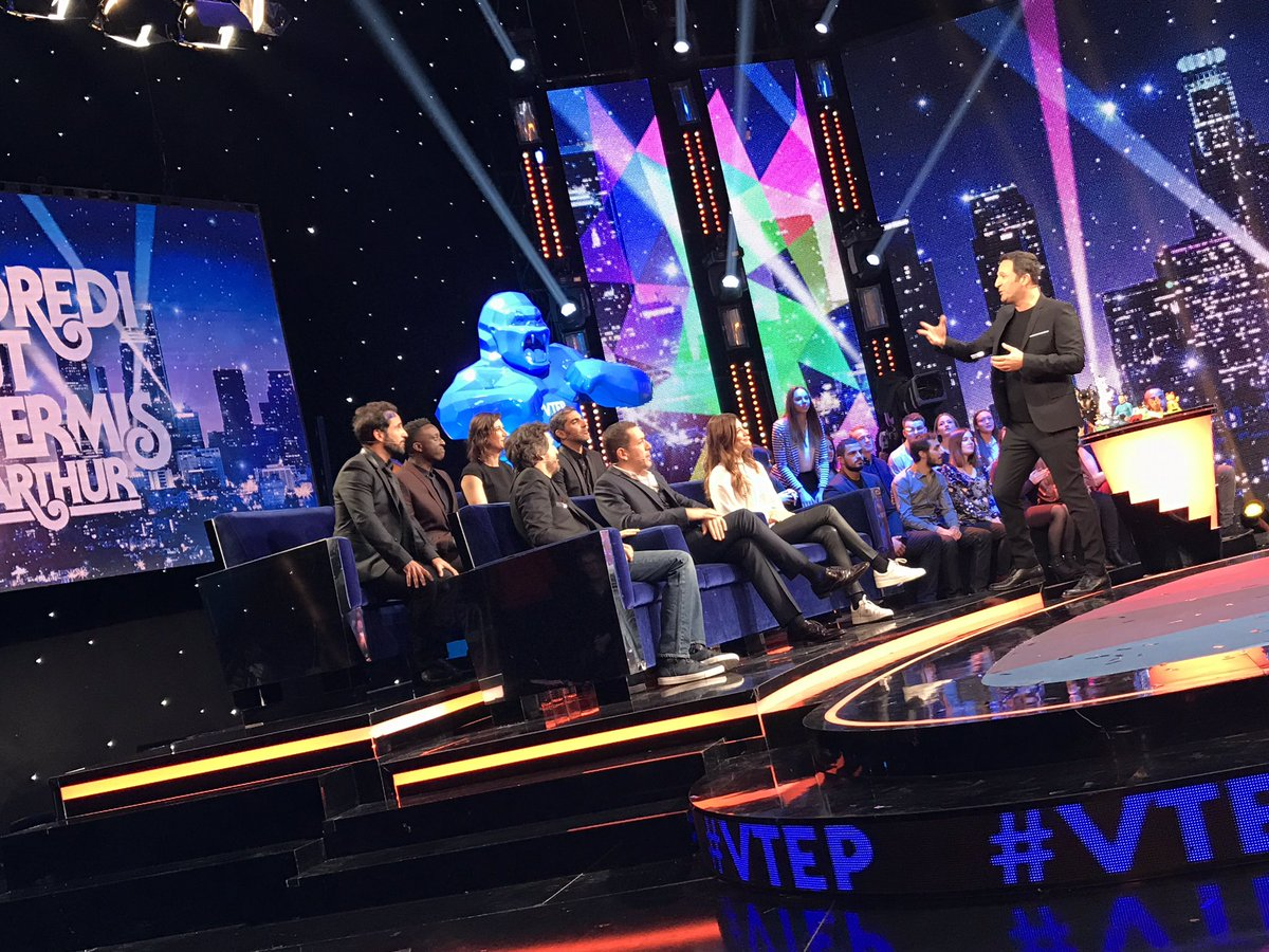 ON EST EN DIRECT 🎉🎉🎉 Vous êtes là ? #VTEP https://t.co/f6tvJH0l7U