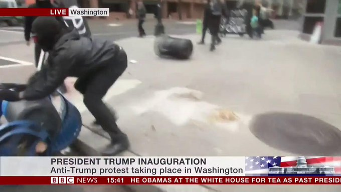 Protesters take to the streets of Washington ahead of Donald Trump's #inauguration https://t.co/3dAngYF0eY