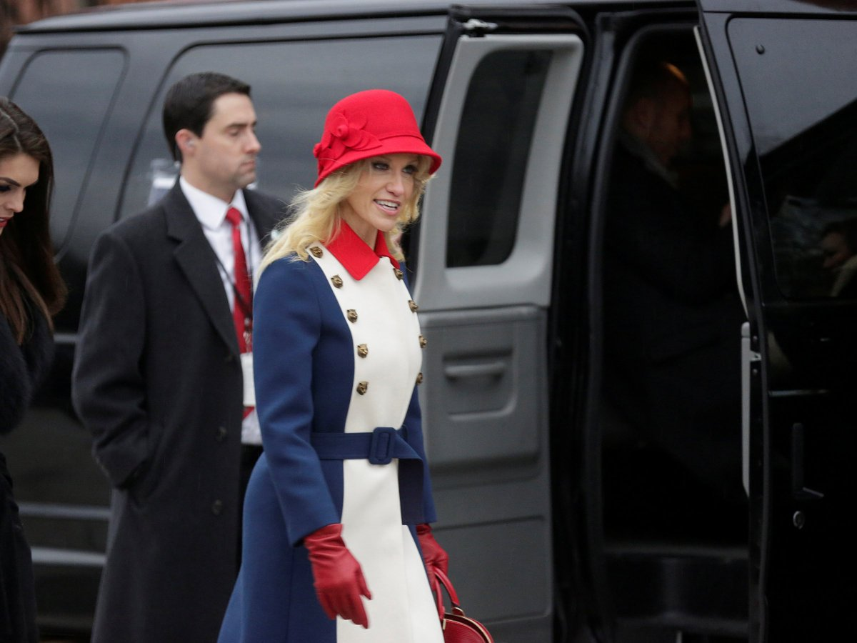 When you're working for the president, but your real dream is being a server at Disney World's Liberty Square. https://t.co/XQcr8fsDN1