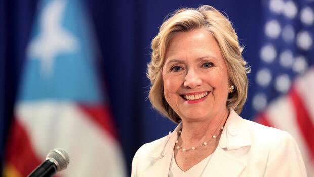 ##.@HillaryClinton Thank you for all you have done for our country and human rights! #StillWithHer #ThePeoplesPresident<br>http://pic.twitter.com/LJkG8nY0Uo