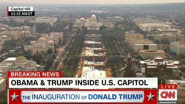 Trump: Dishonest media doesn't show the size of my crowds. #Huge #Fake...